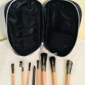 NEW BeautiControl professional makeup brushes